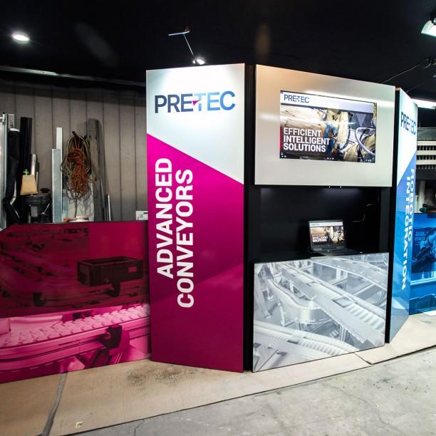 tradeshow booth graphic design