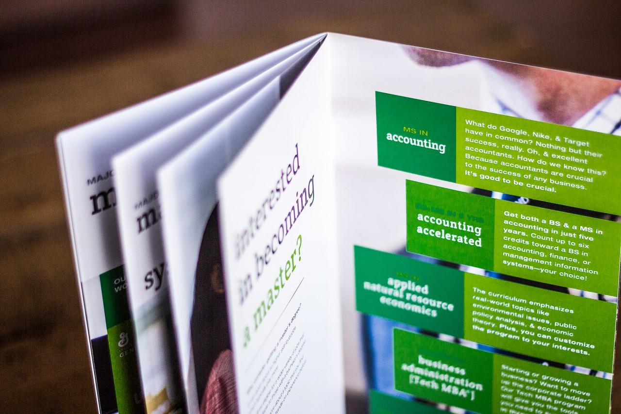 brochure design upper peninsula